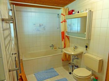 Ferienhaus in stadtbergen mieten fh16523 for Badezimmer 11qm