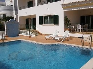 familienurlaub in albufeira portugal ferienhaus privat mieten. Black Bedroom Furniture Sets. Home Design Ideas