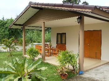 ferienhaus in rayong thailand privat mieten. Black Bedroom Furniture Sets. Home Design Ideas