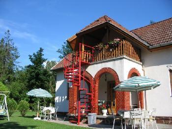ferienhaus in balatonbogl r balaton plattensee privat mieten. Black Bedroom Furniture Sets. Home Design Ideas