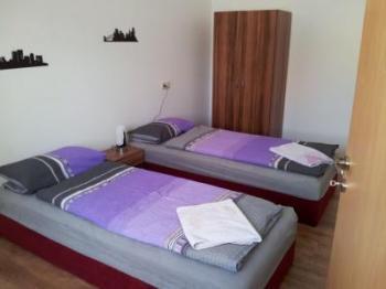 ferienwohnung in reutlingen mieten fw28671. Black Bedroom Furniture Sets. Home Design Ideas