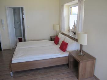 hotel pension in niendorf ostsee timmendorferstrand mieten hp28044. Black Bedroom Furniture Sets. Home Design Ideas