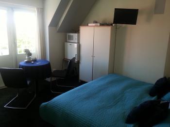 hotel pension nordholland g nstig. Black Bedroom Furniture Sets. Home Design Ideas